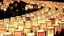 Il Giappone si ferma per ricordare lo tsunami