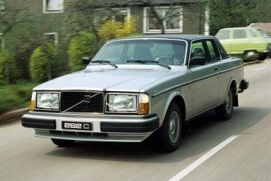 Compie 40 anni la Volvo più strana