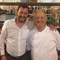 Salvini e il ristoratore di Lodi, la foto è un manifesto politico