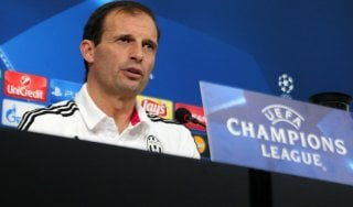 """Juventus, Allegri tra Porto e polemiche: """"Siamo alla follia"""""""