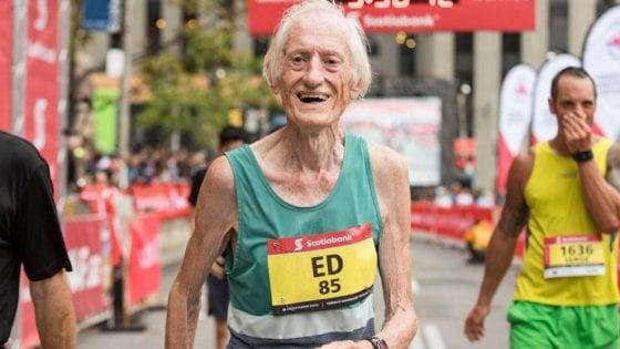 Il Maratoneta Calendario.E Morto Ed Whitlock Il Primo Maratoneta A Scendere Sotto Le