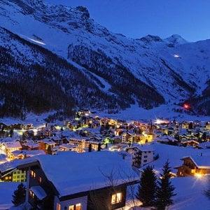 Svizzera, i Cantoni mettono all'asta le targhe per far cassa