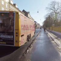 Dai poster 3D allo spray catarifrangente: così i Paesi scandinavi salvano i ciclisti