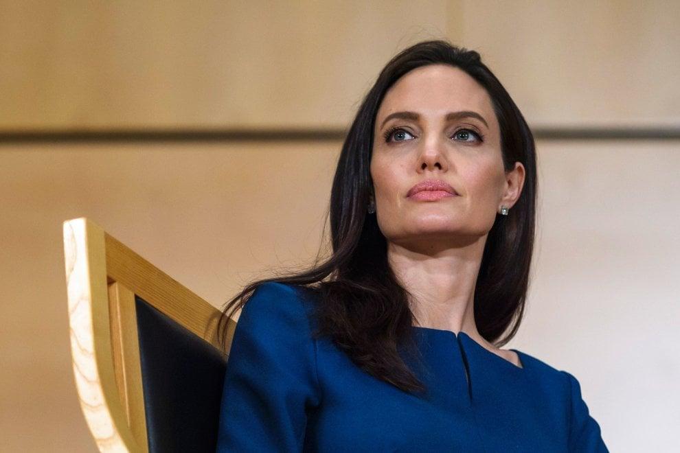 Ginevra, Angelina Jolie oltre il set: professoressa e attivista