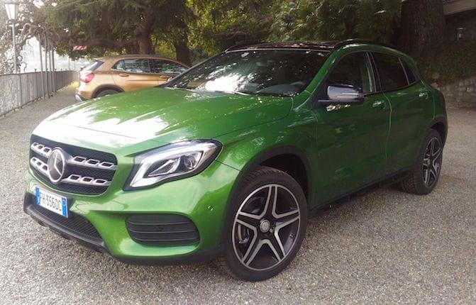 Mercedes GLA, cambia così il Suv compatto