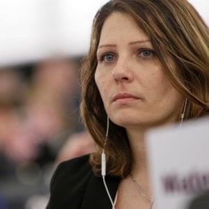 Si autosospende Daniela Aiuto, l'europarlamentare M5s finita nell'inchiesta sui rimborsi Ue