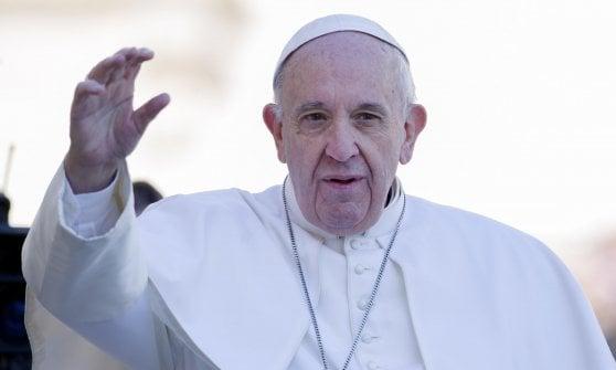 """Ecco il discorso di Bergoglio che convinse i cardinali ad eleggerlo: """"Chiesa deve uscire da se stessa"""""""