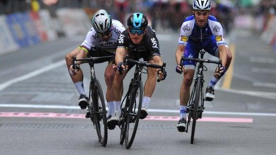 Ciclismo, Milano-Sanremo a Kwiatkowski: Sagan beffato
