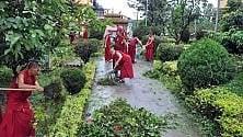 """Nuove tensioni in Tibet:  Dalai Lama, """"Si combatte anche con l'insensatezza  dei funzionari cinesi""""   di CHIARA NARDINOCCHI"""