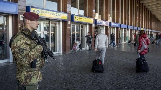 """Paura Isis, la Ue si blinda: """"Pronti nuovi attacchi"""". Massima allerta in Italia"""