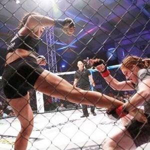 Arti marziali, campionessa svedese in ospedale: è polemica nel Regno Unito