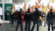"""Giornata difficile nei cieli: sciopero dei controllori. Alitalia, Delrio: """"Situazione critica"""""""