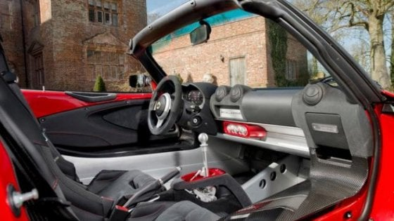 Lotus Elise Sprint, ancora più leggera e potente