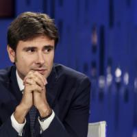 """Alessandro Di Battista: """"Beppe Grillo è il garante, io mi fido, vuole evitare in..."""