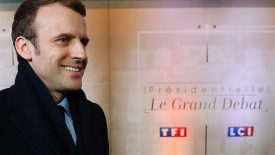 Francia, parte la corsa all'Eliseo. In tv il primo dibattito tra i candidati