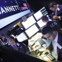 """Borse Ue in calo con gli Usa. Banche, incontro Padoan-Vestager: """"Costruttivo"""""""