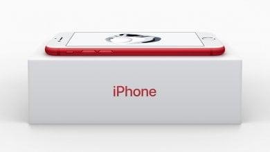 Apple, edizione speciale per iPhone Arriva il colore rosso. Anche iPad si rinnova