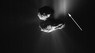 Foto  Frane, ghiaccio, massi rotolanti ecco come cambia la cometa 67P
