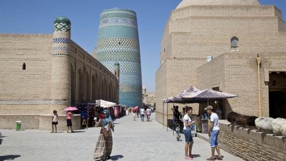 Tra Samarcanda e Khiva. L'immensità di un crocevia nel deserto