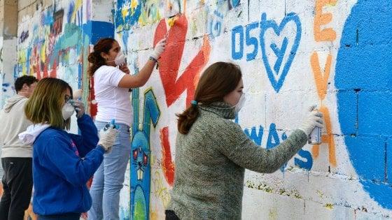 Fanzara, il paese di Guelfi e Ghibellini che ha ritrovato la pace grazie alla street art
