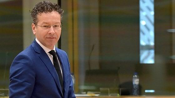 """Renzi contro Dijsselbloem: """"Si dimetta"""". La Commissione Ue lo contesta, Berlino lo difende"""