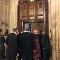 Londra, attacco a Westminster: l'interno del Parlamento durante la sospensione della seduta