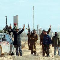 Libia, le torture dei soldati di Haftar,  massacrato il corpo di un capo