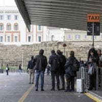 """Taxi fermi, sciopero dalle 8 fino alle 22. Bittarelli: """"Pochi in giro per paura di..."""