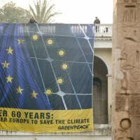 """Trattati Ue, striscione di Greenpeace al Pincio: """"Vogliamo un'Europa più unita, solidale e rinnovabile"""""""