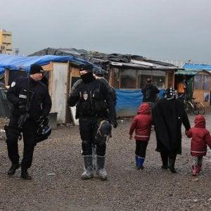 """""""Not my Europe"""", una zattera sul Tevere per dire """"No"""" alle politica dei muri"""
