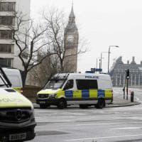 """Stecca: """"Colpito a morte il poliziotto cercava di rialzarsi per inseguire il terrorista"""""""