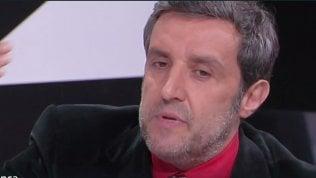 """Insinna, sorpresa a #cartabianca: """"Io sto con gli oppressi"""". E il video diventa virale"""