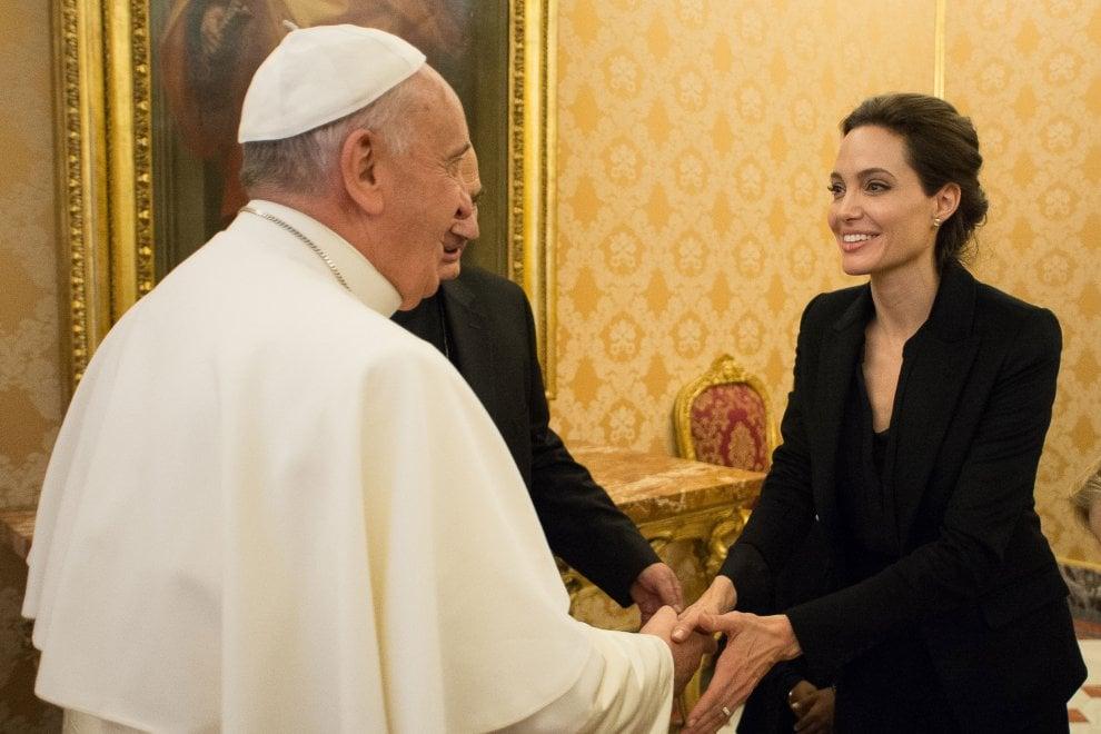 Da Rossellini a Jolie, il cinema e i Pontefici in mostra