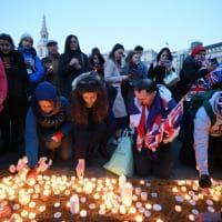 Attentato a Westminster, la veglia per le vittime a Trafalgar Square