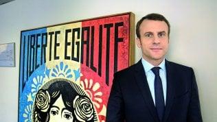 """Macron a Repubblica: """"Fermare Le Pen nel nome dell'Europa"""""""