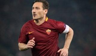 """Totti show da Fiorello: """"Vengo in panchina con voi, tanto so abituato..."""""""