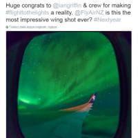 Nuova Zelanda, magia in volo: una notte tra le luci dell'aurora australe