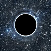 """Il buco nero """"cacciato"""" dal centro della sua galassia"""