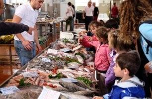 Pescatori, cuochi e scienziati  la rete per il mare di Slow Fish
