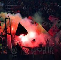 Italia-Albania, lancio di petardi: gara sospesa 8'