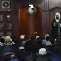 """Gilles Kepel: """"Mondi separati dentro le città, così la jihad cresce nei nostri Paesi"""""""