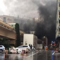 Montecarlo, colpo grosso da Cartier: i rapinatori fuggono e incendiano l'auto