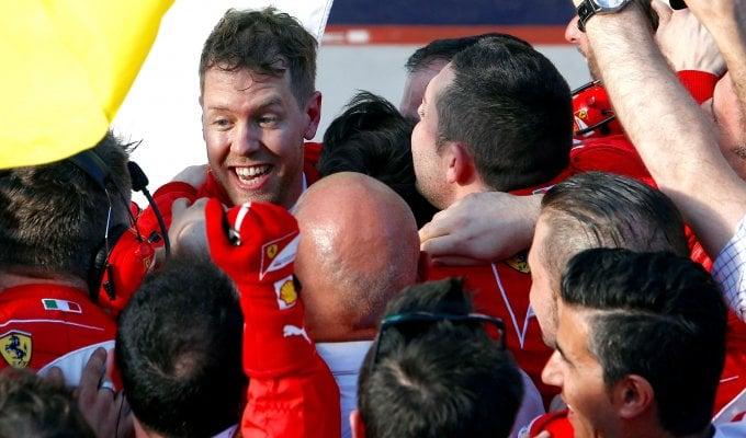 Trionfo Ferrari, Vettel batte le Mercedes   foto
