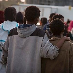Più diritti ai bambini migranti, la Camera pronta al voto finale