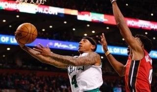 Basket, Nba: Boston aggancia Cleveland, Houston amara per Westbrook