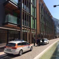 """Trento, due bimbi trovati morti in casa dalla madre. Gli inquirenti: """"Li ha uccisi il..."""