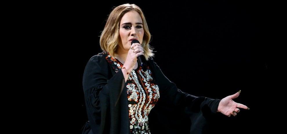"""Adele, addio ai concerti? """"I tour non fanno per me"""""""