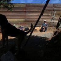 Trump: chiesto 1 milardo di dollari per i primi 99,7 km del muro con il