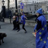 Borse Ue in rialzo con Wall Street, si ferma il calo del dollaro