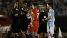 Insulti all'arbitro, la Fifa punisce Messi: quattro gare di squalifica video